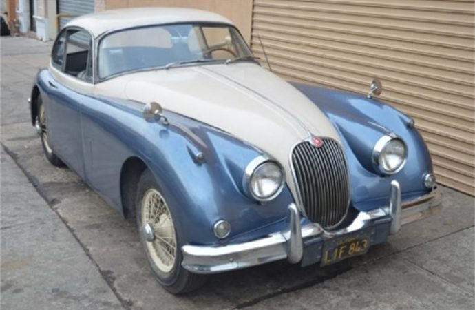 Vehicle Profile: Jaguar XK150