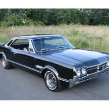 Vehicle Profile: Oldsmobile 442