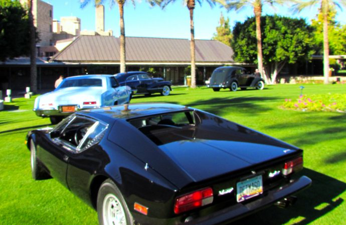 Vintage cars on the grass at the Biltmore in Arizona Concours test