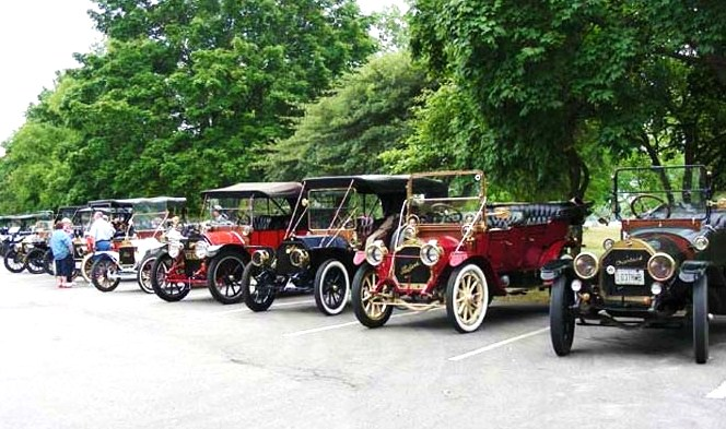 Photo courtesy of Horseless Carriage of America