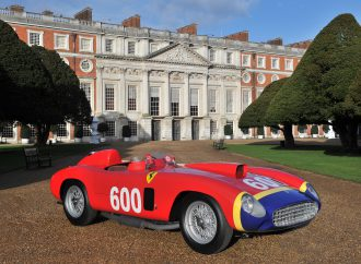 Henry VIII's palace hosts big British concours