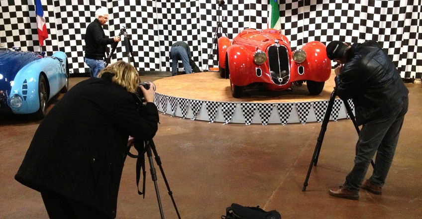 Learn how to photographic classic cars from the experts at the Simeone Museum. (Photo: Simeone Foundation Automotive Museum)