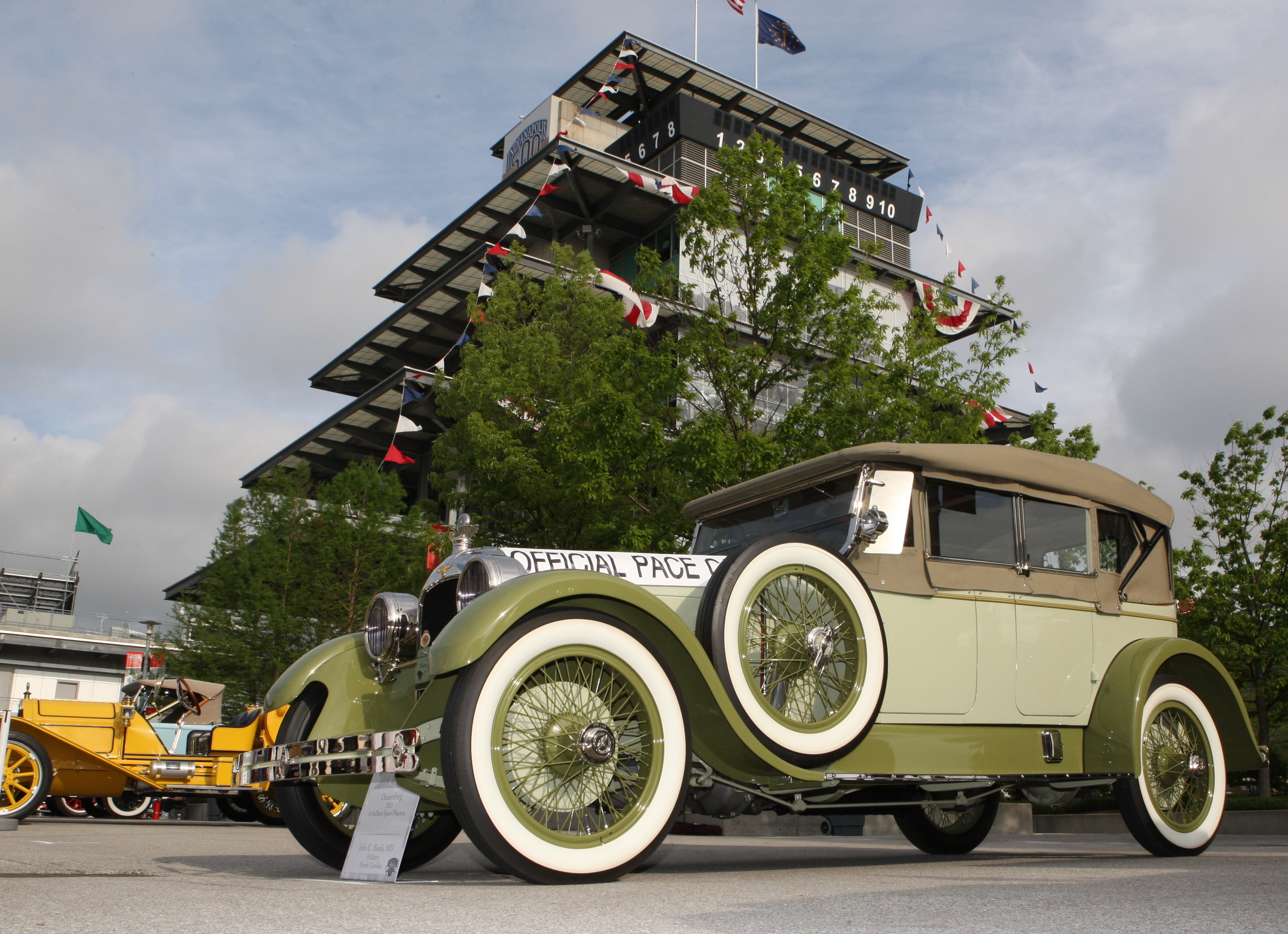 Indy Speedway celebrates classic cars - ClassicCars.com Journal