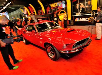 '69 Boss 429 Mustang tops Mecum's KC auction