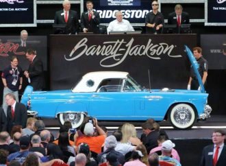 Barrett-Jackson hits record sales in Palm Beach