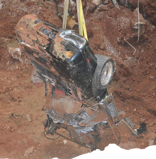 ZR-1 Spyder pulled free from the sinkhole