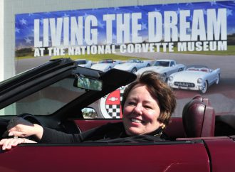Ruby 2: Corvette owner donates her 40th Anniversary car to replace the one damaged in sinkhole