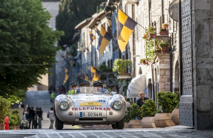 Porsche's 'rolling museum' to visit Pebble Beach