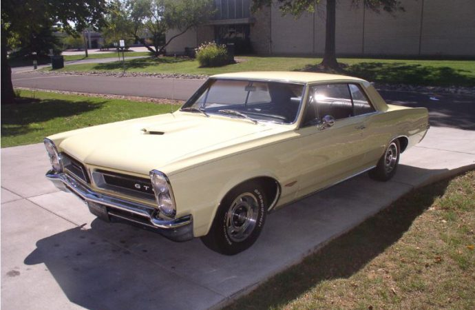 Pontiac GTO: One of the 5 cars Boomers miss most