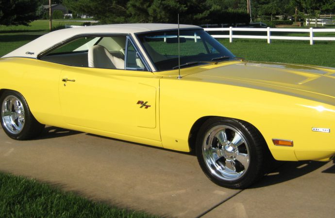 My Classic Car: Bruce's 1970 Dodge Charger R/T