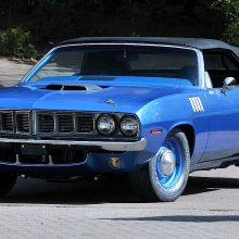 Breaking News: Hemi 'Cuda convertible scores record $3.5 million winning bid at Mecum auction in Seattle