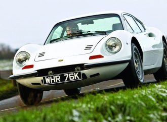 Silverstone readies year's first auction at historic British track