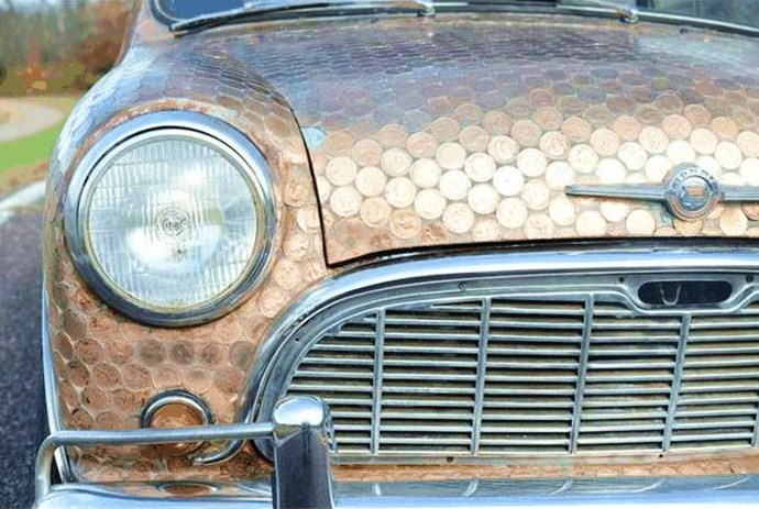 Around 4,000 British pennies are attached to the Mini