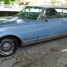 My Classic Car: Carl's 1965 Oldsmobile Starfire