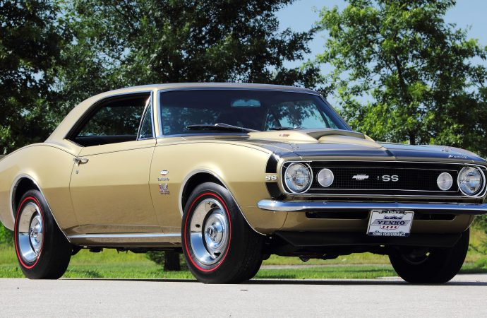 Mecum offers 1,100 classic cars at Dallas auction