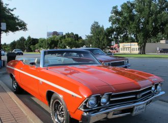 Dream Cruise spans more than Woodward Ave., it's a week-long carfest
