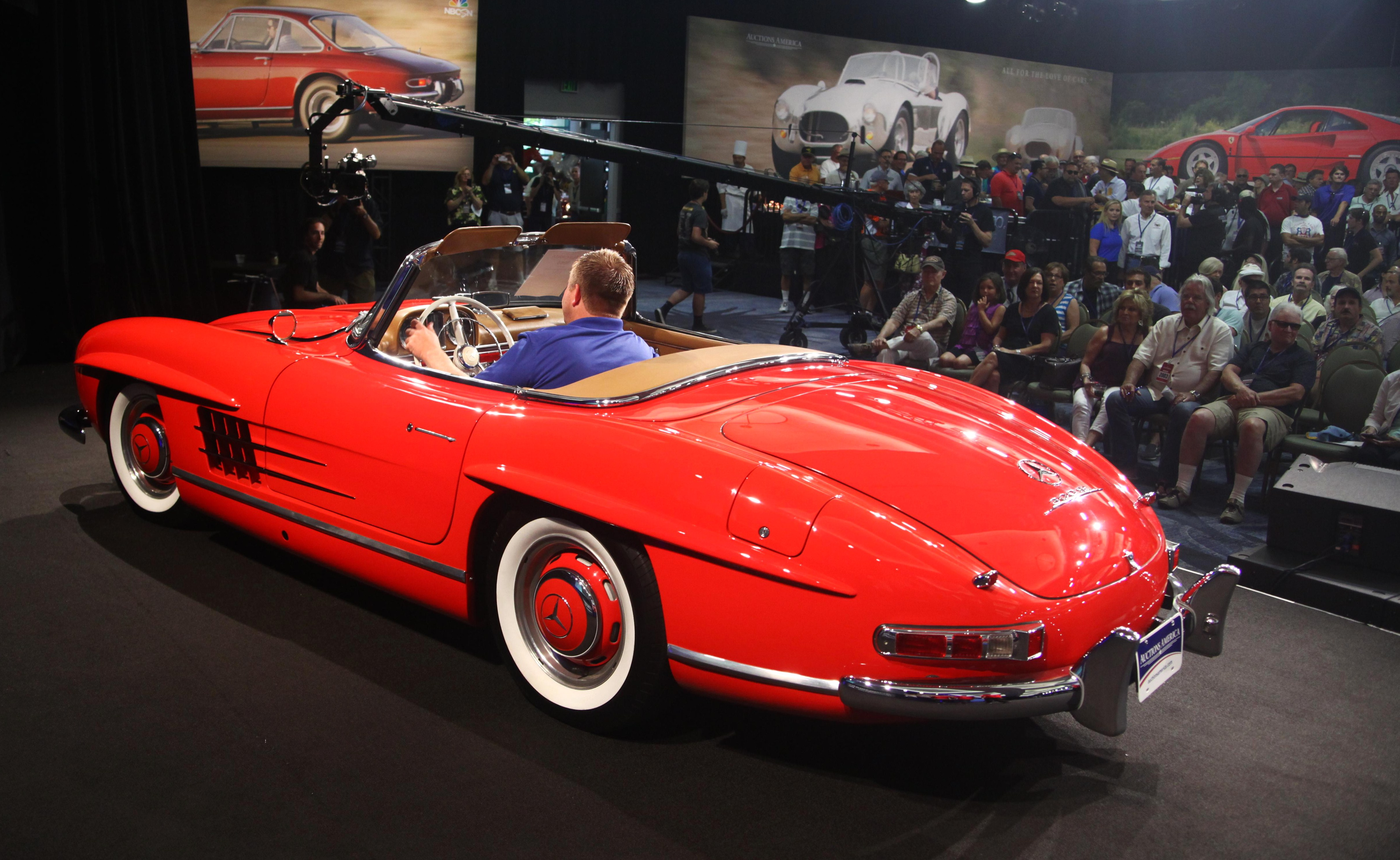 Auctions America hits $17.5 million at California sale - ClassicCars ...