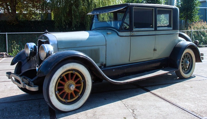 The 1925 Lincoln 125 Opera Coupe, one of the pricier cars | BVA Auctions