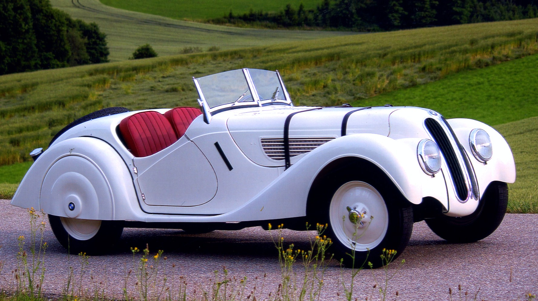 Amelia Island Concours honors 1930s BMW 328