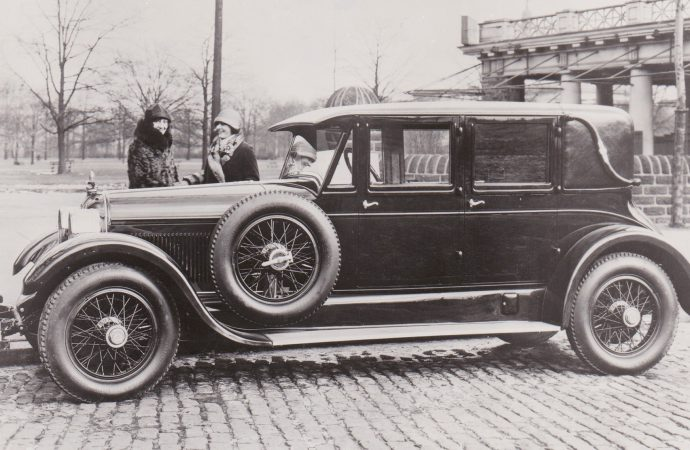 Classic Profile: 1921-26 Duesenberg Straight Eight