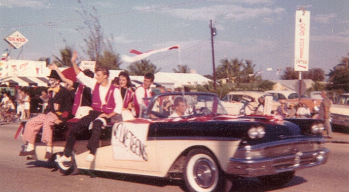 My Classic Car: The Velveteens' 1958 Ford Fairlane Skyliner