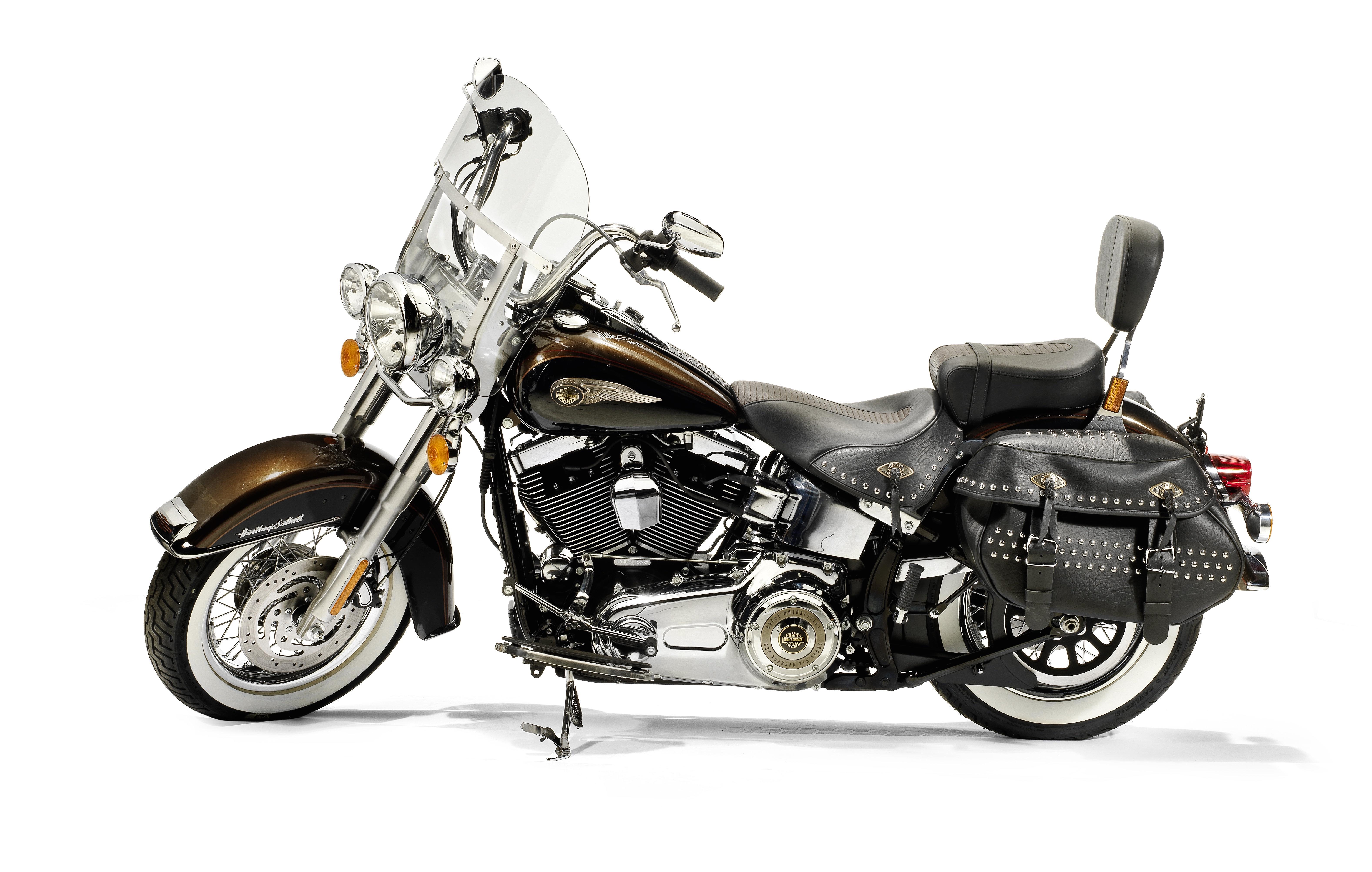The Pope's Harley Davidson 1,690cc FLSTC 103 Heritage Softail ...