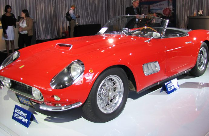 Experts assess rising tide of collector-car values in 'Sports Car Market' seminar