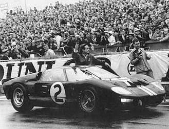 Celebrating the victory of the GT40 at Le Mans | Ford archive