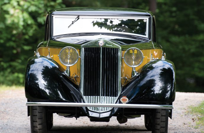 Barn-found collection provides spice as Retromobile gears up to celebrate its 40th anniversary