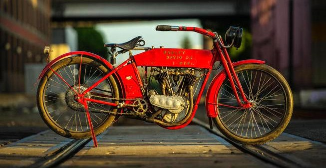 Formerly owned by actor Steve McQueen, this 1912 Harley-Davidson hit $117,300 | Bonhams