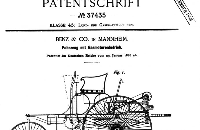 Mercedes-Benz puts its archives online