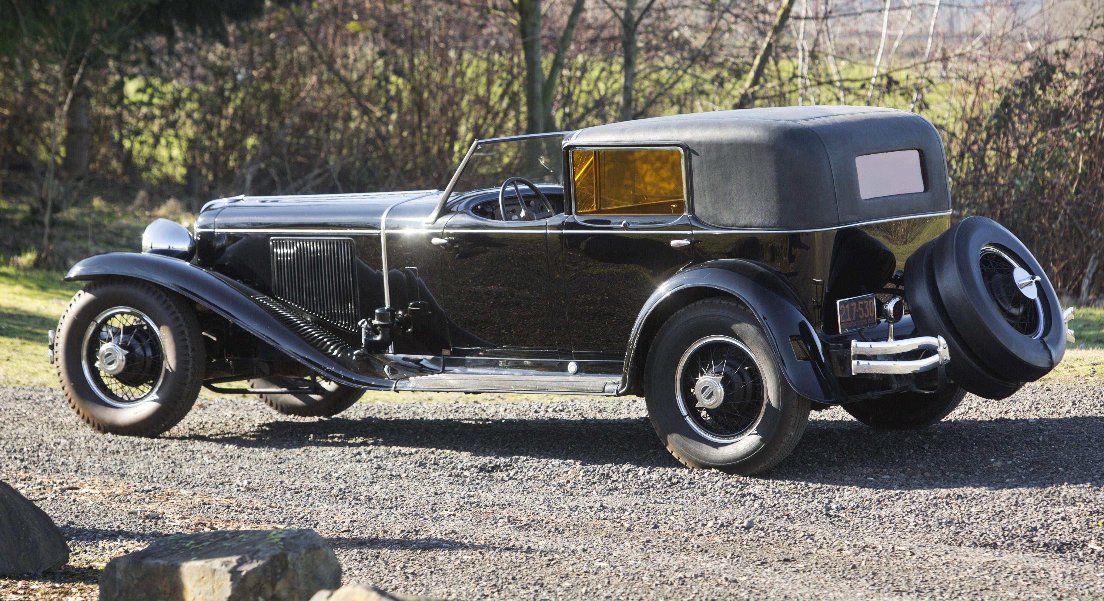 preserved 1930 cord l 29 town car joins bonhams amelia. Black Bedroom Furniture Sets. Home Design Ideas