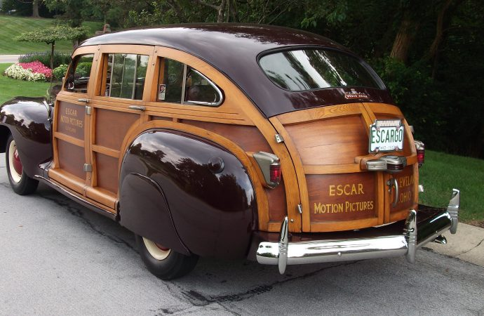 My Classic Car: The Largers' 1942 Chrysler Windsor Town & Country wagon