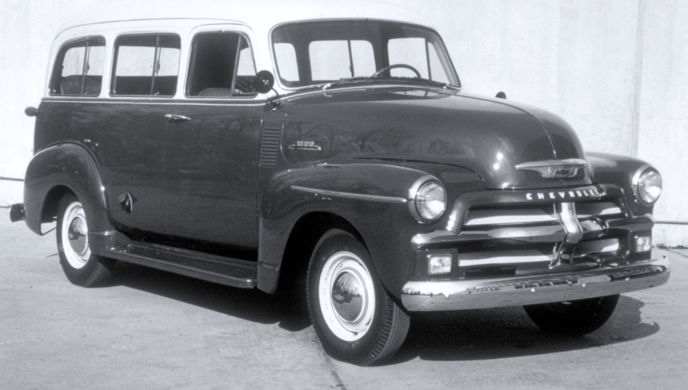 chevy suburban the workhorse turns 80 classiccars com journal classiccars com journal