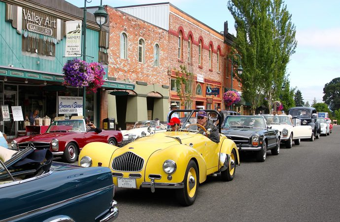 60 Years of Thunderbird among Forest Grove Concours featured classes