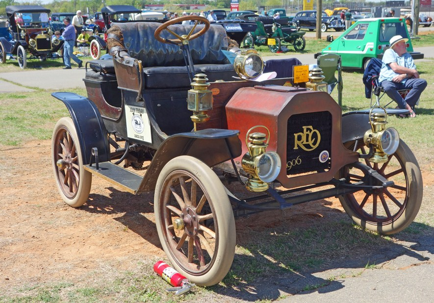 A 1906 REO displayed at the AACA show