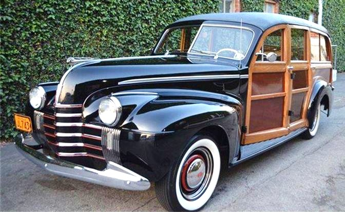 The 1940 Oldsmobile Dynamic woodie wagon is a one-of-a-kind period custom