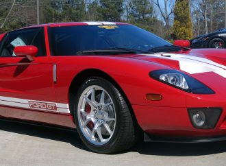 Exotics, Corvettes and customs highlight Barrett-Jackson's Palm Beach docket