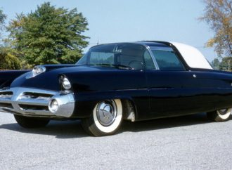 1953 Lincoln concept car at Keels and Wheels Concours