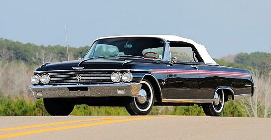 A 1962 Ford Galaxie Sunliner with 406-cid V8 and four-speed manual
