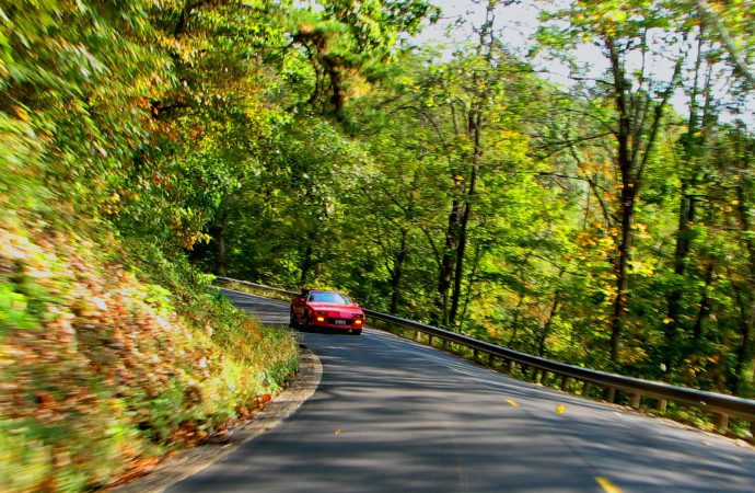 Secret revealed! Hocking Hills roads are where engineers, auto writers like to do test drives