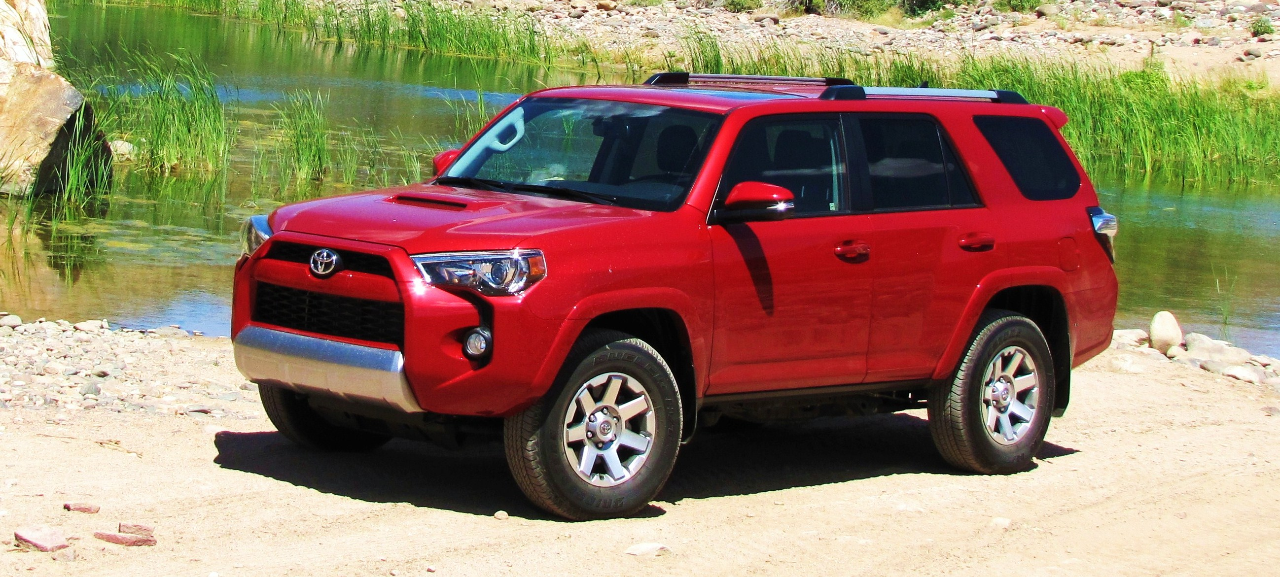 driven 2015 toyota 4runner trail premium journal. Black Bedroom Furniture Sets. Home Design Ideas