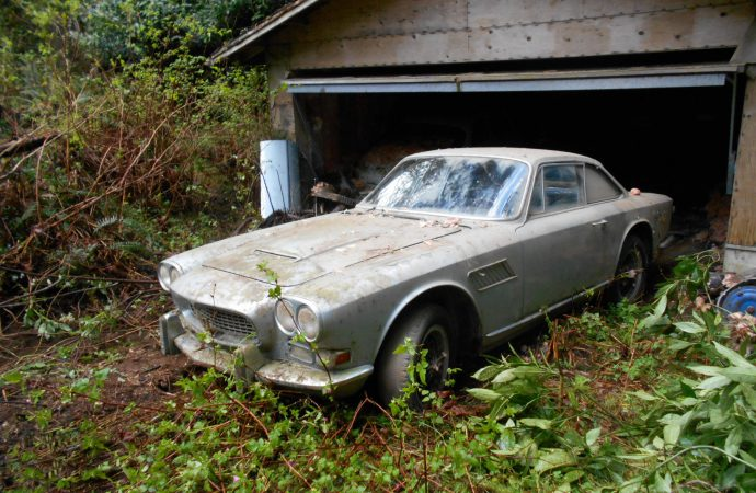 Racers and barn finds set for Dragone sale