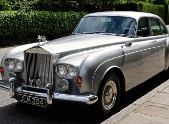 Historic Rolls-Royce vehicles head to auction