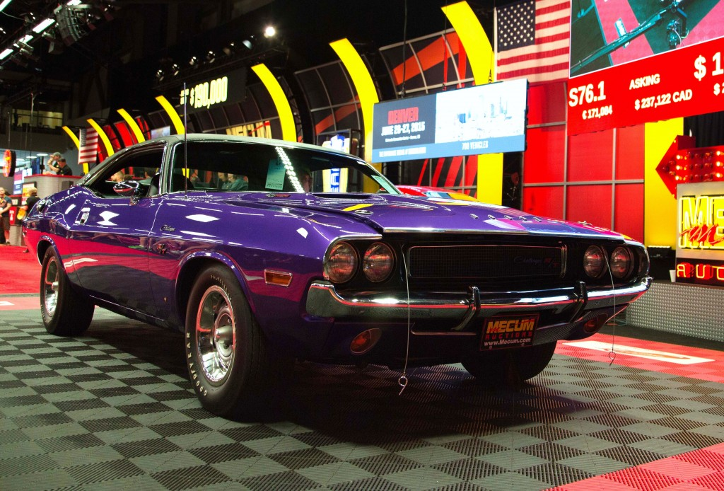 A Plum Crazy 1970 Dodge Hemi Challenger was the top seller in Seattle | Mecum photos