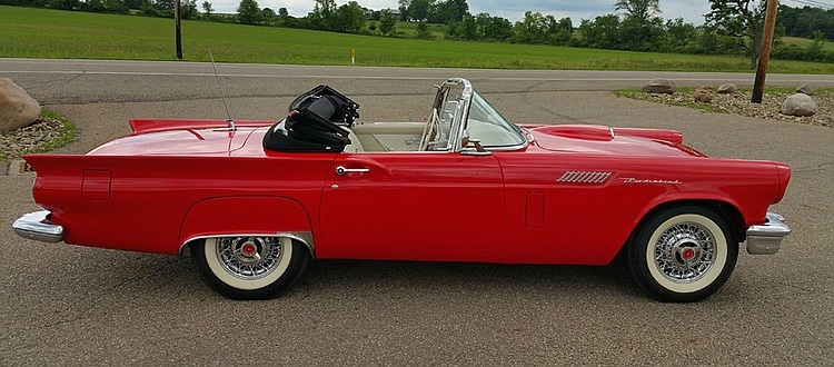 1957 E-Code Ford Thunderbird available on online auction site | Invaluable photos