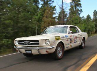 Great Race stops in Winslow Arizona