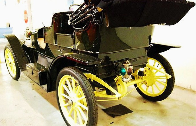 Taillights were not a priority in 1911