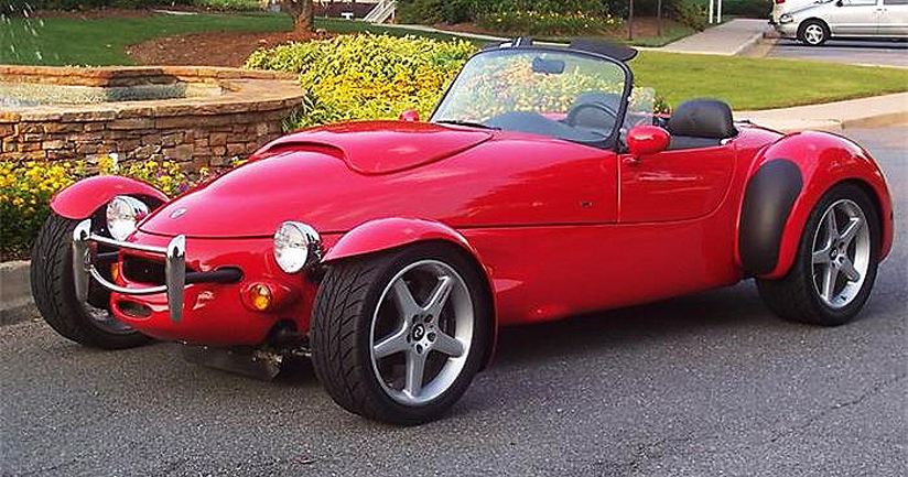 The Panoz AIV Roadster was a unique expression of sporty performance in the 1990s