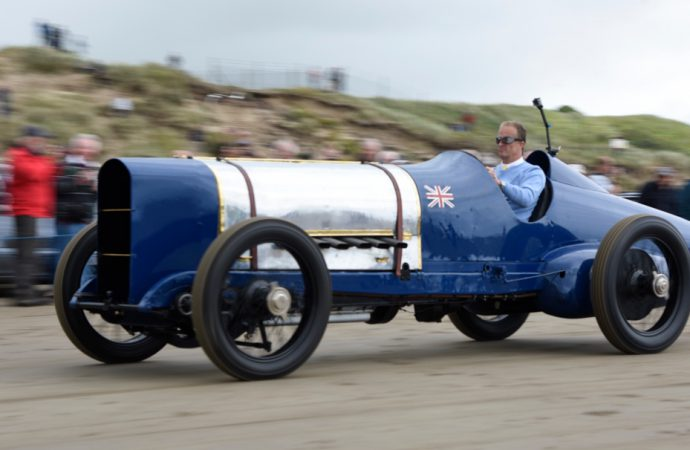 'Blue Bird' Sunbeam runs again on the Pendine Sands